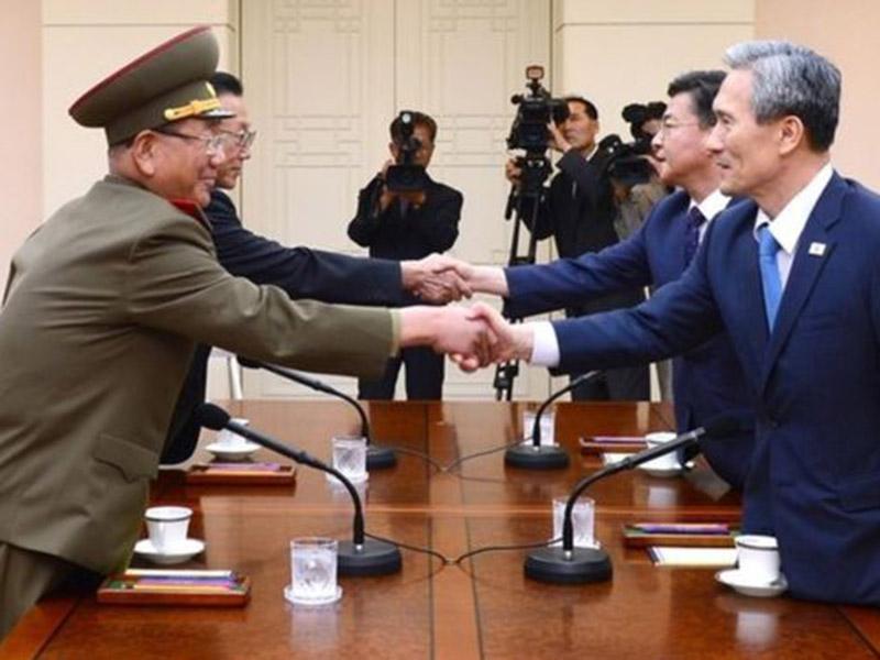 11 SL Korea Panmunjom