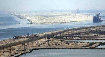 P. Samir: Il nuovo canale di Suez un segno del successo di al-Sisi, amato dagli egiziani