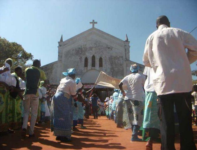 Moçambique:  Eucaristia de Acção de Graças pela Beatificação da Ir. Irene Stefani