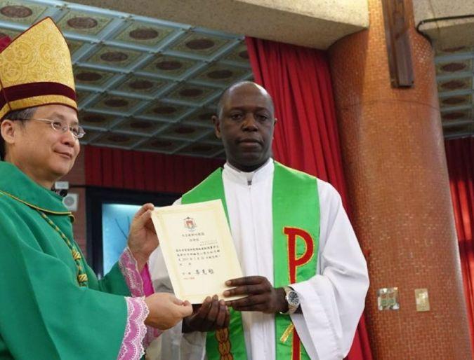 Taiwan: Missionari della Consolata prendono possesso di Parrocchia