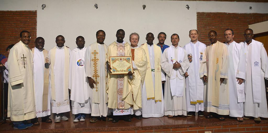 07 INMD 3 Misa de inauguracion de la Conferencia celebra los 25 anos de Profesion Religiosa P Okal