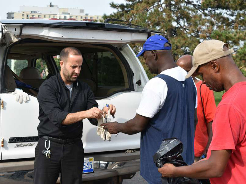 13 SL 2 Father Marko Djonovic works with homeless men as part of Better Way Detroit Credit Dan Meloy The Michigan Catholic CNA