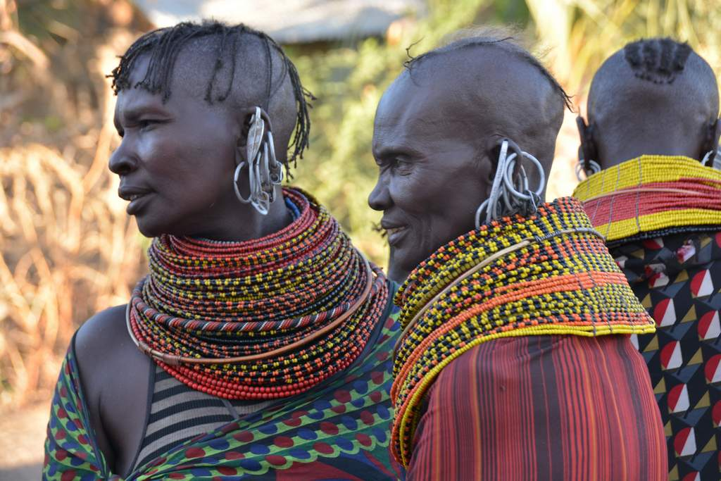Donne Turkana a Loyangallani