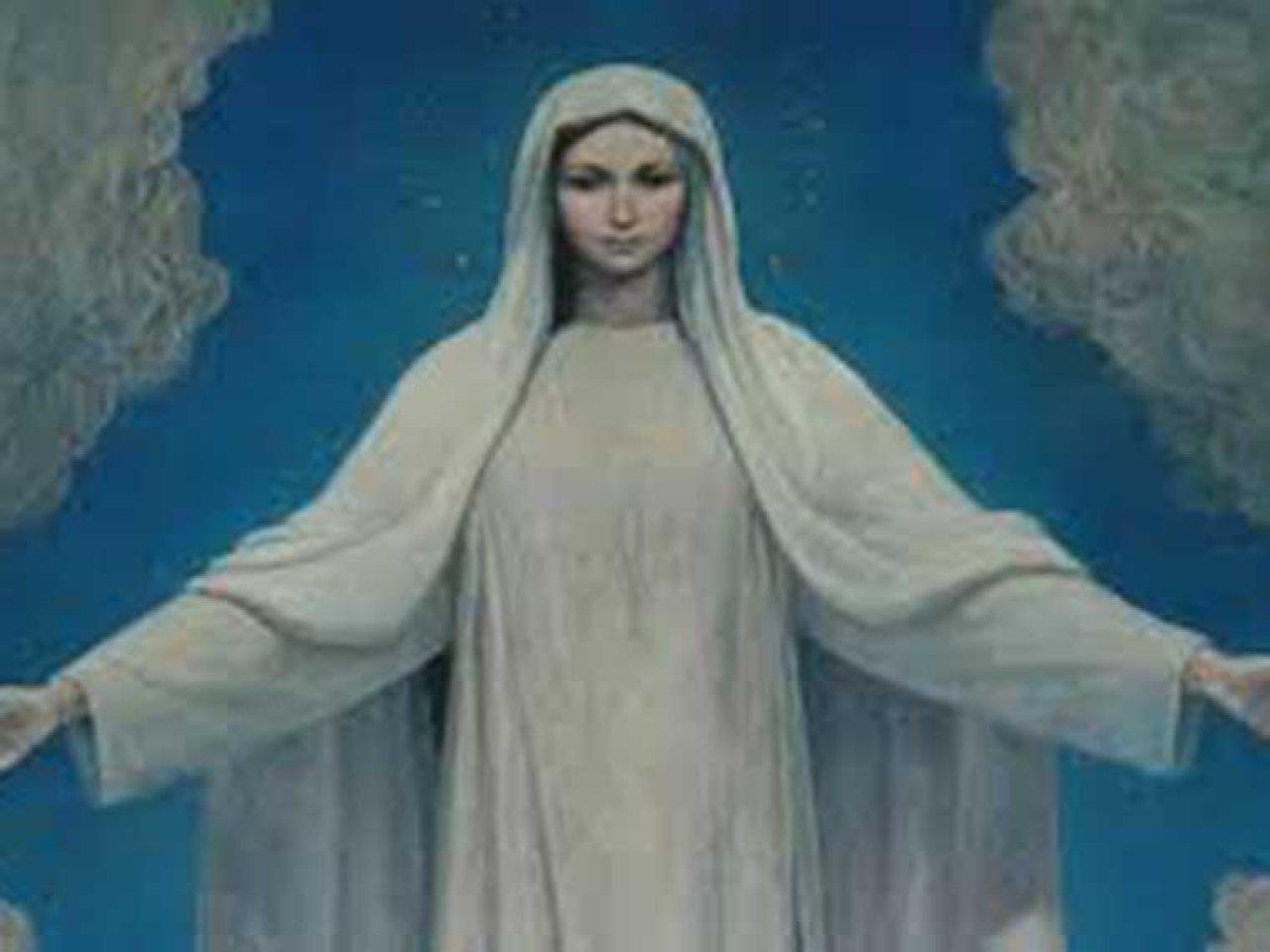 Mayo, Mes De La Santísima Virgen Maria