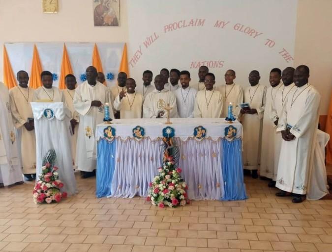Sagana, Kenya: Seventeen Newly Professed